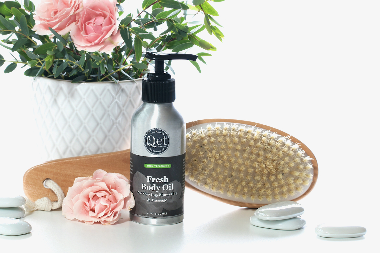 Qet-Botanicals-Fresh-Body-Oil-and-Body-Brush-Dry-and-Oil-Brushing