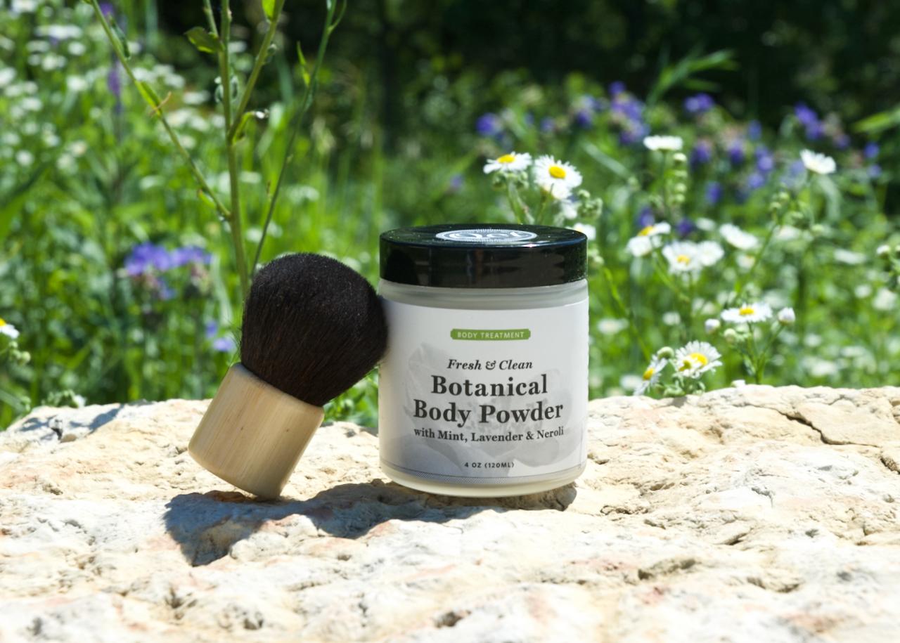 Qet-Botanicals-Safe-and-Talc-Free-Botanical-Body-Powder-and-Brush-Set